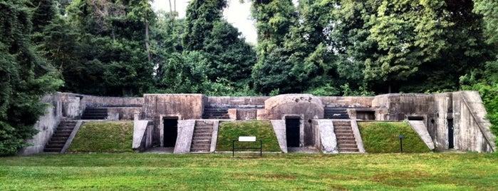 Fort Hunt Park is one of Lugares guardados de Cherylyn.
