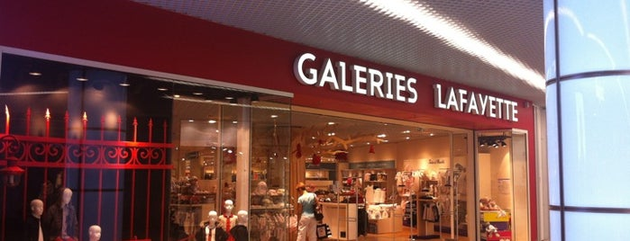Galeries Lafayette is one of Ницца.