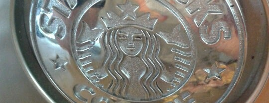Starbucks is one of Locais curtidos por Vincent.
