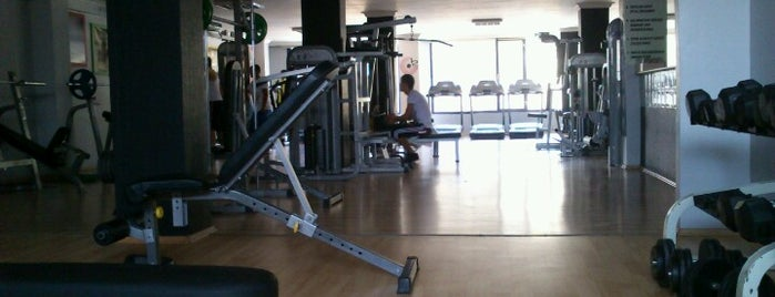 Sporium Fitness Club is one of Lugares favoritos de Tarık.