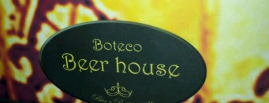 Beer House is one of Locais curtidos por Jacqueline.