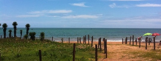 Praia de Manguinhos is one of Beach.