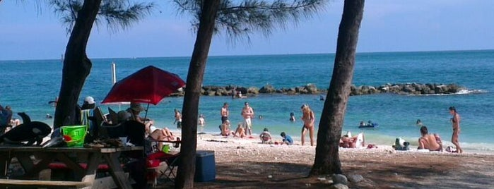 Fort Zachary Taylor State Park Beach is one of Key West.