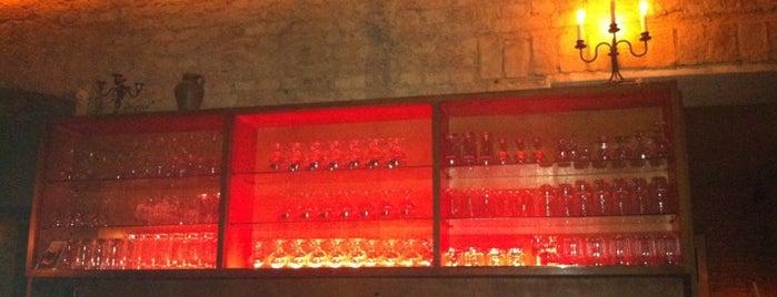 Willi Moeller Holzkohle Bar is one of Schillerkiez Frenzy 3000.