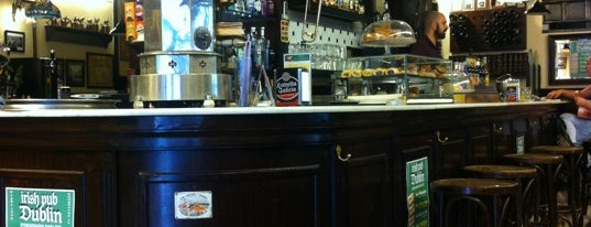 Irish Pub Dublin is one of Comer-Picar-beber Coruña.