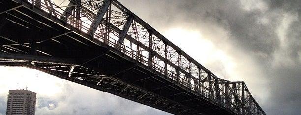 Alexandra Bridge is one of Lugares favoritos de Michael.