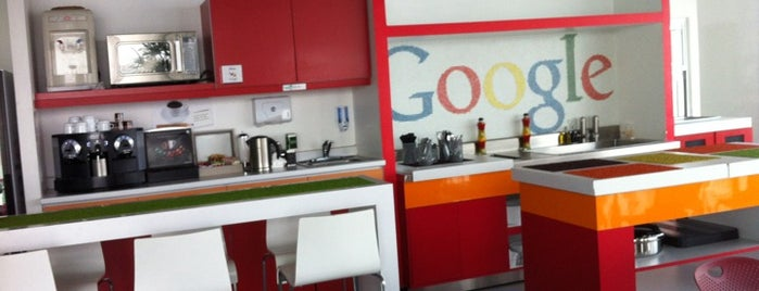 Google México is one of Lieux qui ont plu à Roberta.