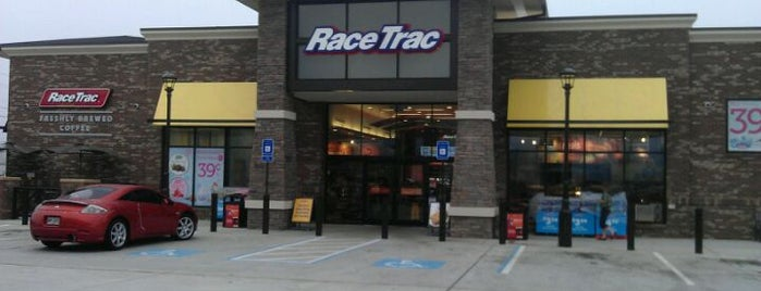 RaceTrac is one of 416 Tips on 4sqDay Challenge - Dwayne List 1.