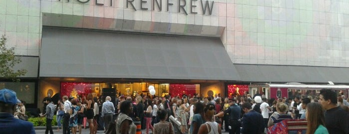 Holt Renfrew Centre is one of Lieux sauvegardés par Stuart.