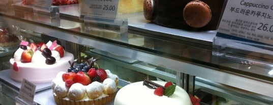 Paris Baguette is one of Our neighborhood eats and drinks!.