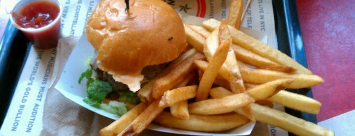 New York Burger Co. is one of Burgers-To-Do List.