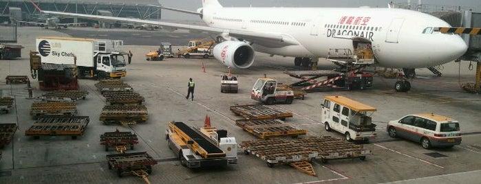 홍콩 국제공항 (HKG) is one of International Airport Lists (2).