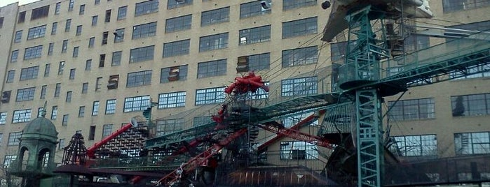 City Museum is one of Local venues to visit.