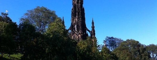 The Scott Monument is one of Must visit Edinburgh Attractions.
