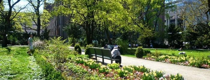 Alter Botanischer Garten is one of Munich And More Too.