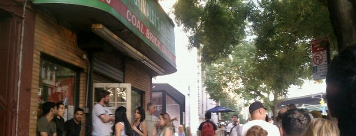 Grimaldi's Pizzeria is one of Best NYC Pizza.