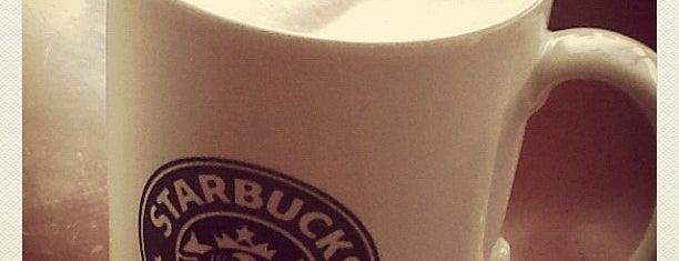 Starbucks is one of Locais curtidos por Winda.