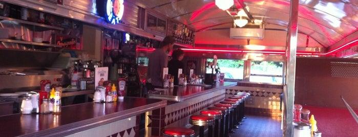 Gateway Diner is one of Verassend Almere.