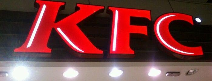 KFC is one of Orte, die Elcio gefallen.