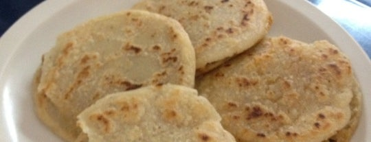 Gorditas de la Corona is one of Adriana 님이 좋아한 장소.
