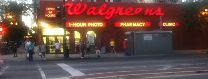 Walgreens is one of Meghanさんのお気に入りスポット.