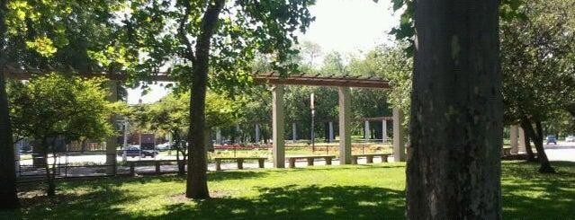 Douglas Park is one of Ferris Bueller's Day Off.