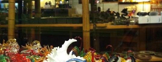 Asakichi Incense is one of Orte, die Jolie gefallen.