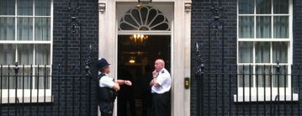 10 Downing Street is one of London <3.