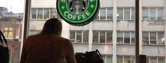 Starbucks is one of Lieux qui ont plu à James.