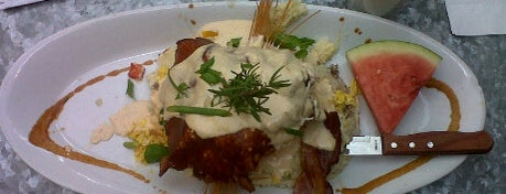 Hash House a Go Go is one of Top Picks for Restaurants/Food/Drink Spots.