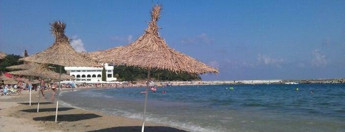 Плаж Перла (Perla Beach) is one of Orte, die Mila gefallen.