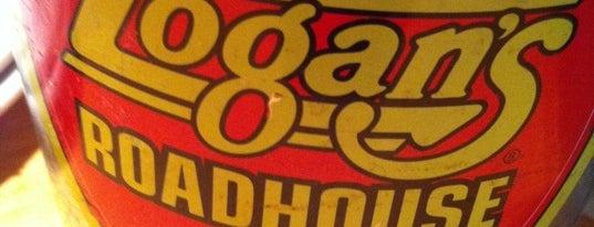 Logan's Roadhouse is one of Tempat yang Disukai George.