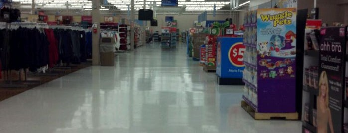 Walmart Supercenter is one of Orte, die Karin gefallen.
