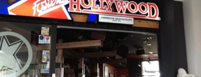 Foster's Hollywood is one of Locais curtidos por Vanesa.