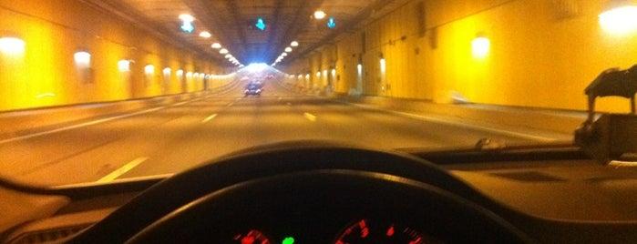 Подводный автодорожный тоннель is one of Future sites.