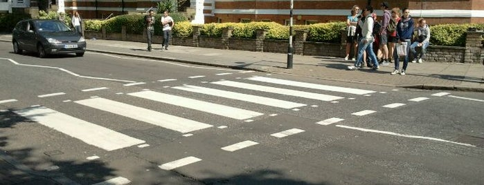 Abbey Road Crossing is one of London Essentials.