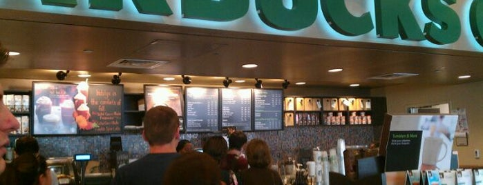 Starbucks is one of สถานที่ที่บันทึกไว้ของ Kaleem.