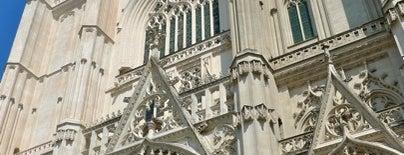 Catedral de San Pedro y San Pablo is one of Bienvenue en France !.