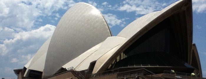 The Opera House to the Botanic Gardens Walk is one of DONE!.
