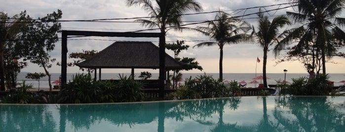 Cocoon Beach Club & Restaurant is one of Пляжные клубы.