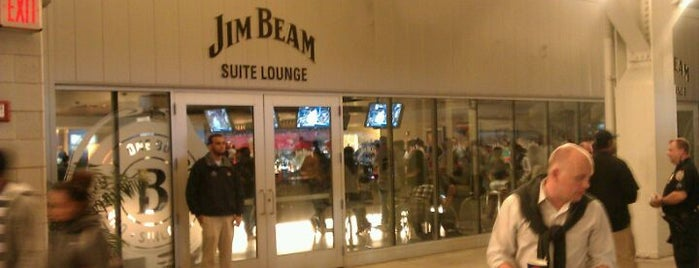 Jim Beam Suite Lounge is one of Yankee Favs by YankeeQueen69.