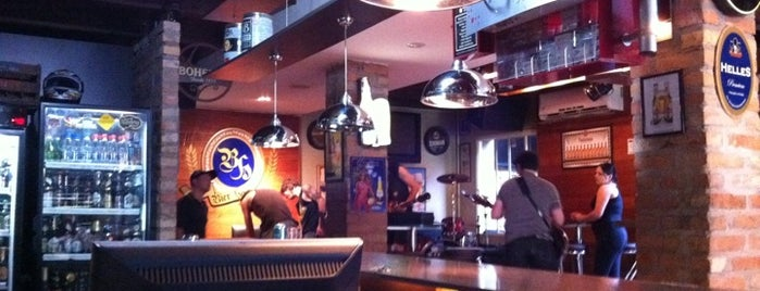 Bier Haus is one of Orte, die Manu gefallen.