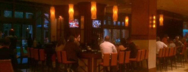 Renaissance Phoenix Glendale Hotel & Spa is one of Lieux sauvegardés par Rose.