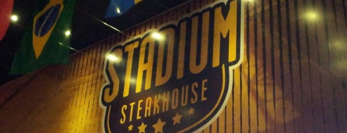 Stadium Steakhouse is one of Locais curtidos por Margarida.