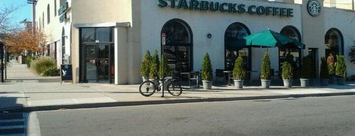 Starbucks is one of Brandon 님이 좋아한 장소.