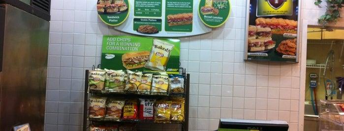 Subway is one of สถานที่ที่ Doug ถูกใจ.