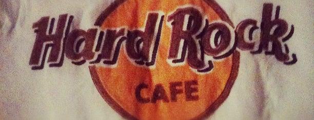 Hard Rock Cafe Göteborg is one of Tempat yang Disukai Merve.