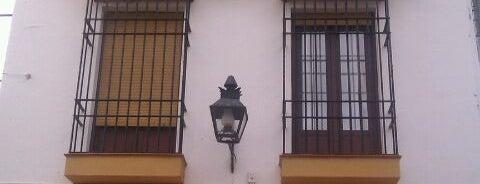 Hostal Almanzor is one of Donde dormir en Cordoba.