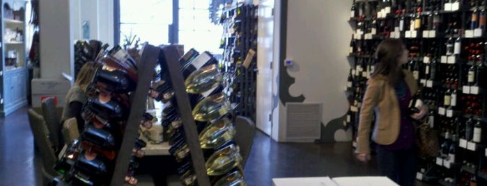 Perrine's Wine Shop is one of Foodie Finds.