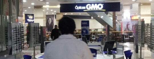 Ópticas GMO is one of Tempat yang Disukai Andree.